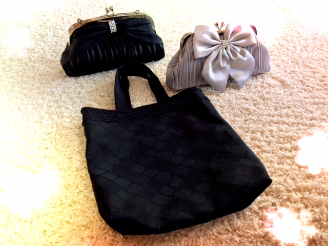 結婚式のサブバッグで紙袋や黒色はNG?会場に持ち込むならどんなバッグ?